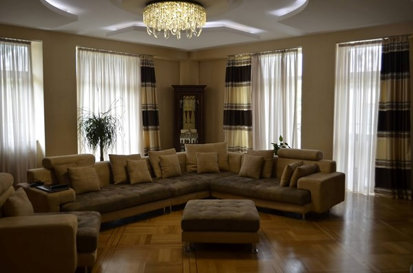For rent: 37b. Ilia Chavchavadze Avenue, Tbilisi