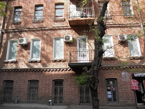 For rent: 41 Vasil Barnov Street, Tbilisi