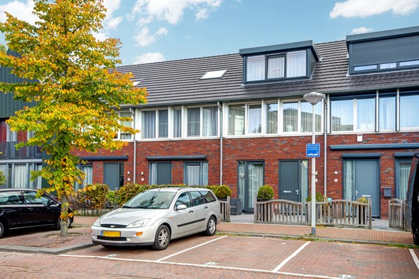 For sale: N. Lansdorpstraat 9, 1022 KB Amsterdam