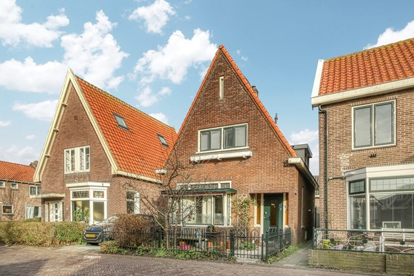 Sold subject to conditions: Tuinstraat 3, 1141 TN Monnickendam