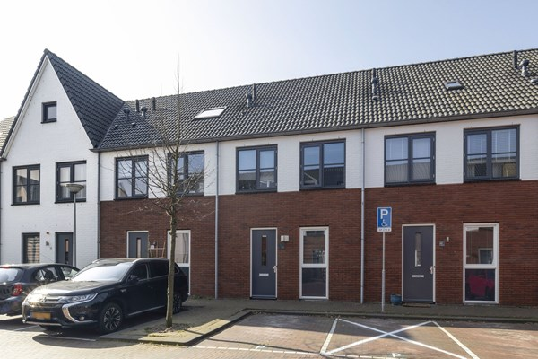 Sold subject to conditions: J.P. Kloosstraat 14, 1022 KD Amsterdam