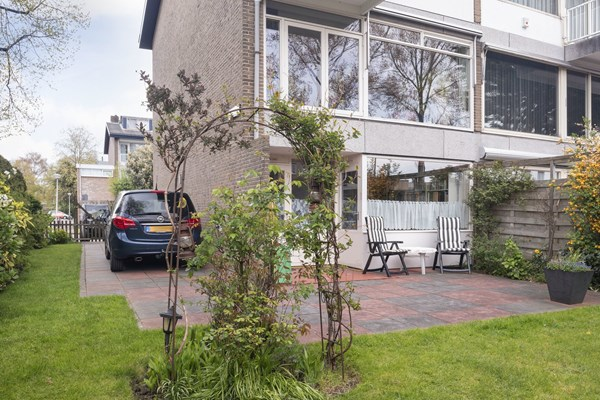 Sold subject to conditions: J. de Koostraat 50, 1068 KS Amsterdam