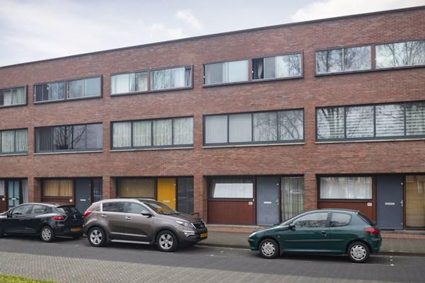 Käufer vorgemerkt: Raden Adjeng Kartinistraat 43, 1103 MG Amsterdam