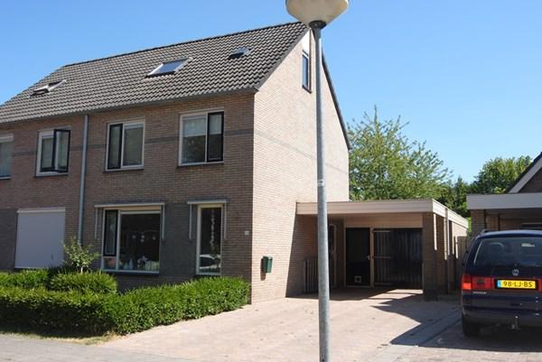 Willem Dreeslaan 76, Marum