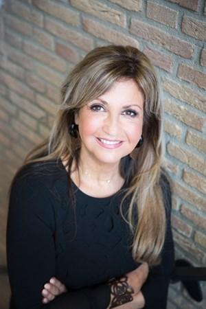 Cynthia Grobben