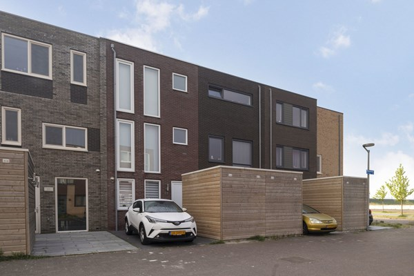 Sold: Mazustraat 85, 1363 RE Almere