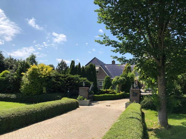 Sold subject to conditions: Paradijsvogelweg 33, 1349 CH Almere
