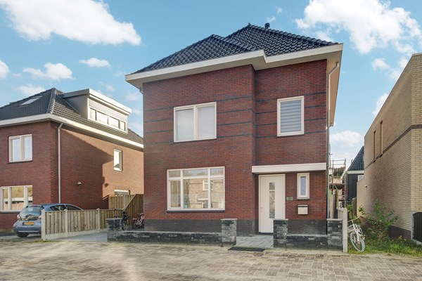 Sold subject to conditions: Anzarstraat 8, 1363 RK Almere