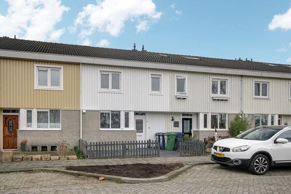 Has received a bid.: G.A. Overdijkinkstraat 38, 1333 JM Almere