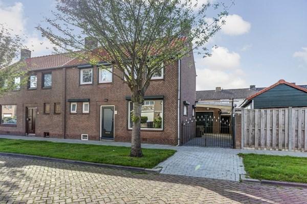 Jan Van Glymesstraat 2, Fijnaart
