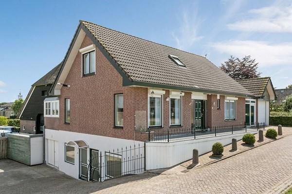 Amerweg 2-A, Lage Zwaluwe