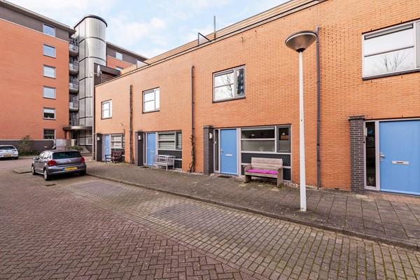Helder Camarastraat 5, Leiden