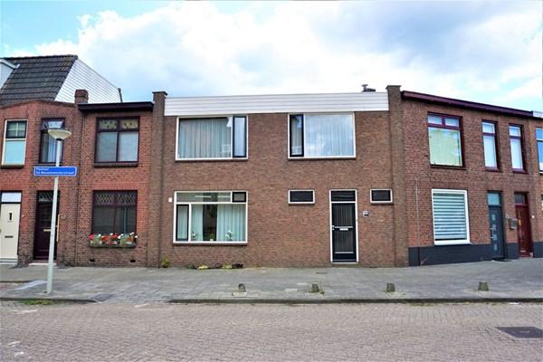 Pastoor de Meulemeesterstraat 19, Bergen op Zoom