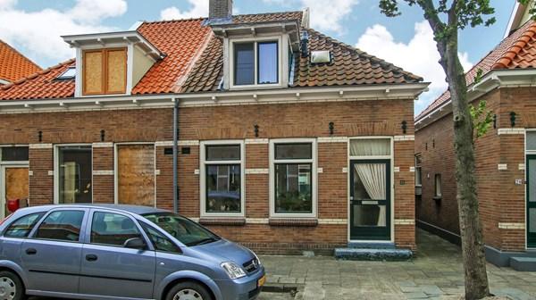 Te koop: Van Limburg Stirumstraat 22, 1561 PG Krommenie