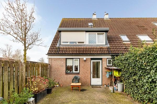 Zandbos 145, Hoofddorp
