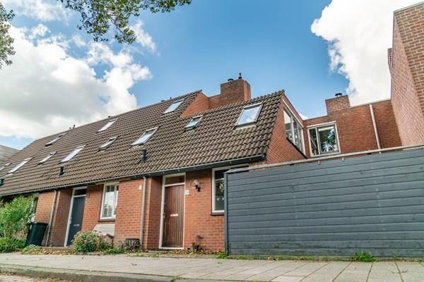 For sale: Slootdreef 74, 2724 AN Zoetermeer