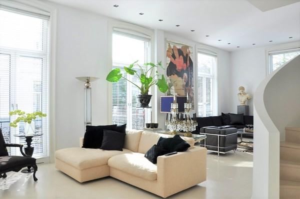 For rent: Pieter Cornelisz. Hooftstraat 200, 1071 CH Amsterdam