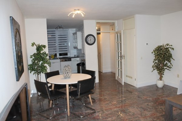 For rent: Jan Peppinkstraat 11, 1069 PH Amsterdam