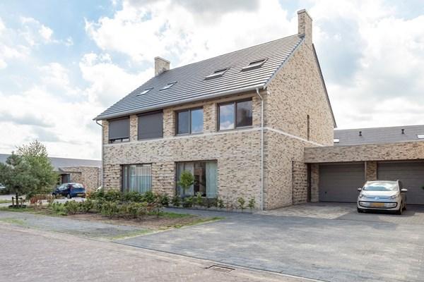 Zierikzeestraat 4, Tilburg