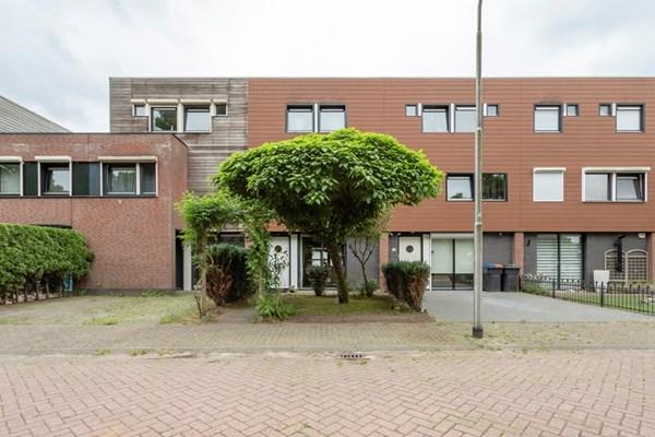 Loosduinenhof 14, Tilburg