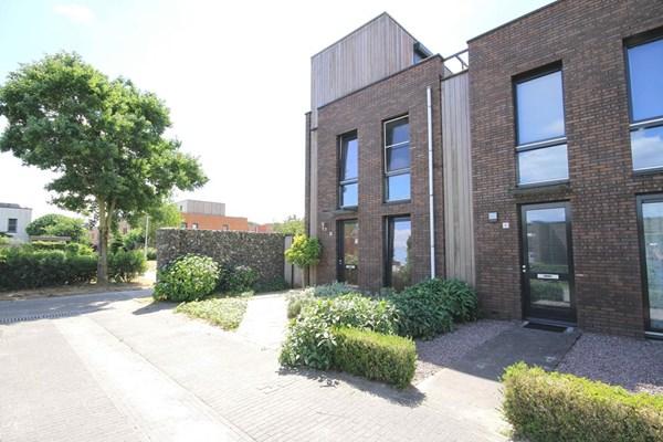 Waardenburgstraat 78, Tilburg
