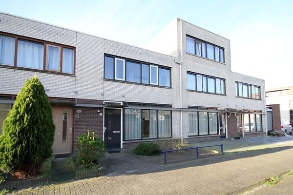 Schinveldstraat 44, Tilburg