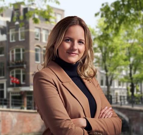 Cherise van den Akker