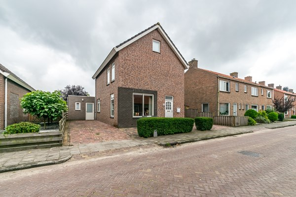 Has received a bid.: Ds Kooimanstraat 40, 7913 AX Hollandscheveld