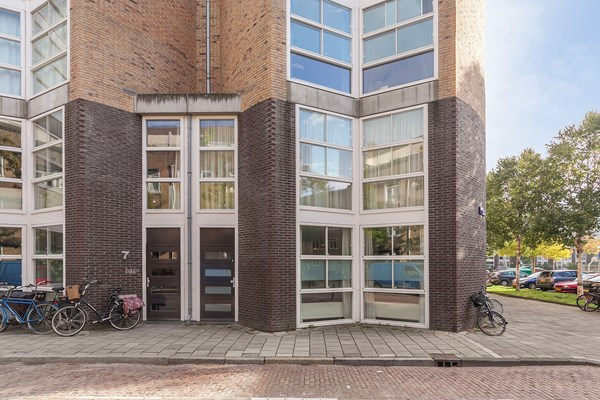 For rent: Meerhuizenplein 10A, 1078 TC Amsterdam