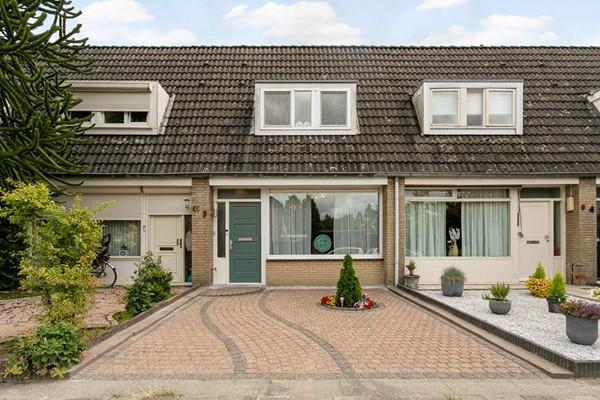 Amarildijk 8, Roosendaal
