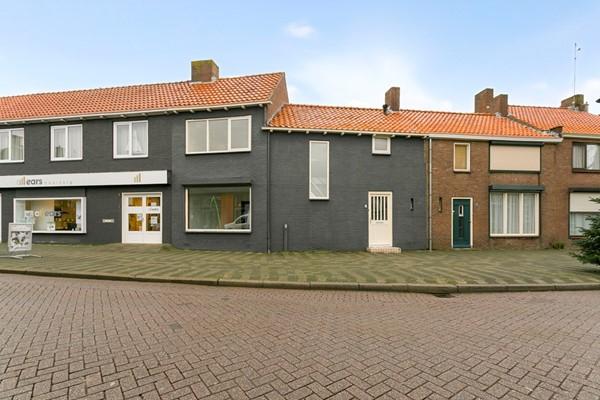 Oprit 5, Oostburg