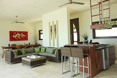 13 Villa Cantik Livingroom Lombok.jpg