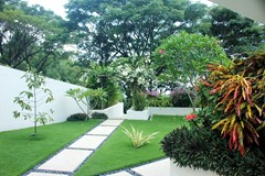 28 Villa Cantik garden.jpg