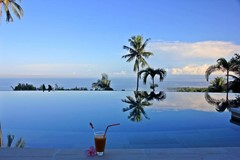 39 Villa Cantik Lombok infinity pool view.jpg