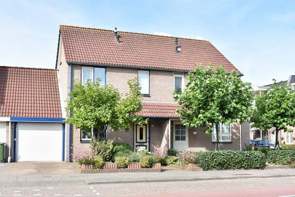 Laan Van Assumburg 24-A, Heemskerk