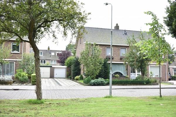 Vrijburglaan 18, Heemskerk