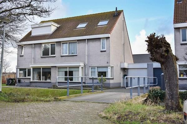 Aardbeiencroft 5, Beverwijk