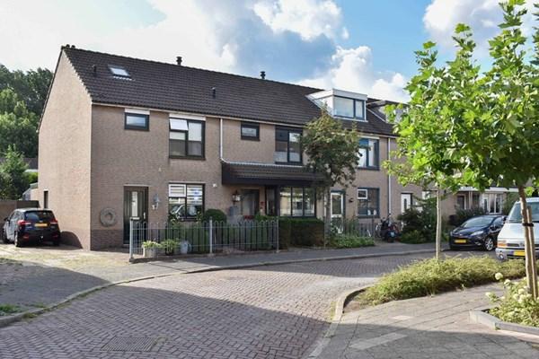 Leeuwenburg 17, Heemskerk