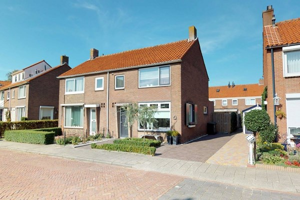 Jacob Van Oostzanenstraat 22, Heemskerk