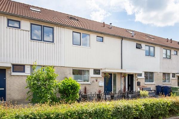 Bruinvispad 35, Almere