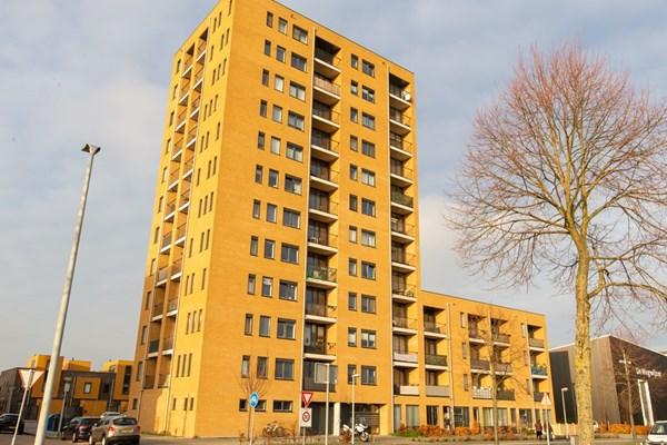 Makassarhof 92, Almere