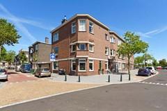 Sold: Drie kamer hoek-parterre appartement met tuin én garage!