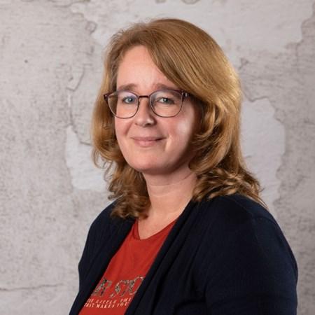 Annette van de Poll