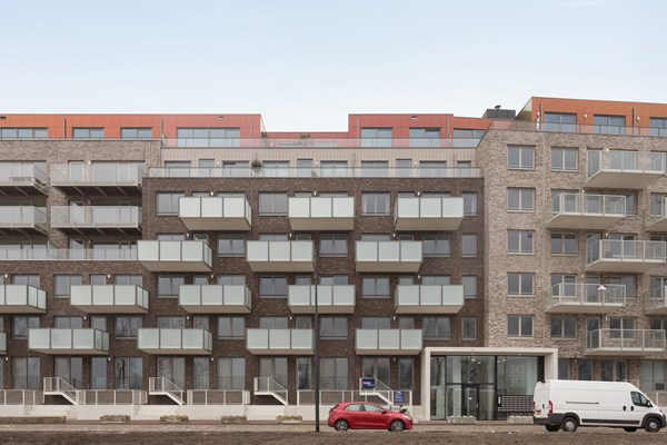 Medium property photo - Mary van der Sluisstraat 340, 1095 ME Amsterdam