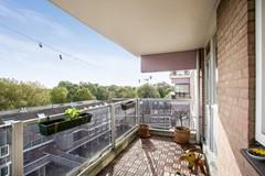 08-balkon-02