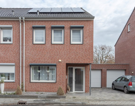 Property photo - Meuserstraat 132, 6464EJ Kerkrade