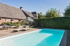 herenstraat_7_zijtuin_zwembad