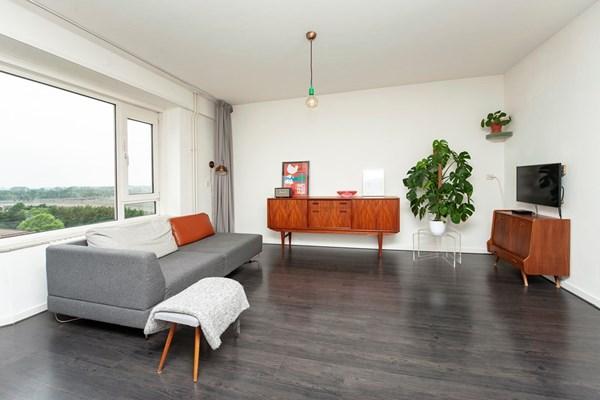 Suze Groeneweglaan 297, Rotterdam