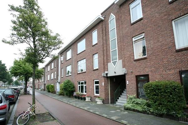Escamplaan 84, Den Haag