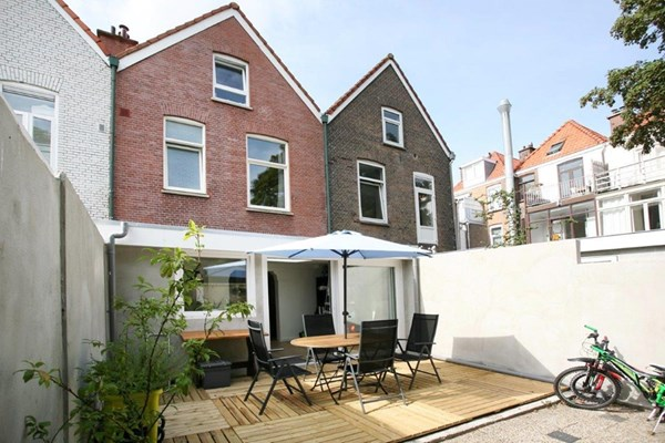 Roggeveenstraat 131-133, Den Haag